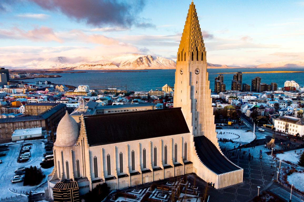 Pros And Cons Of Living In Iceland