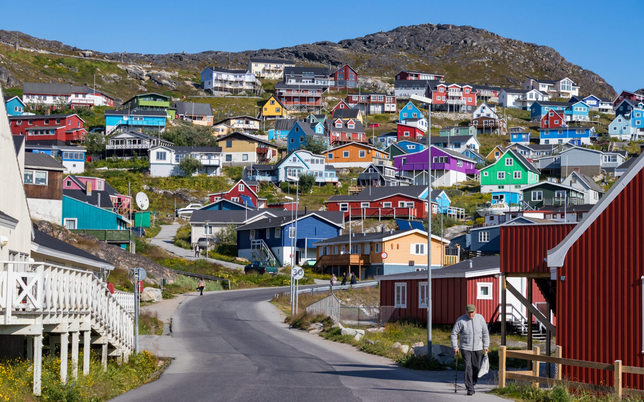 Does Anyone Live In Greenland? 1